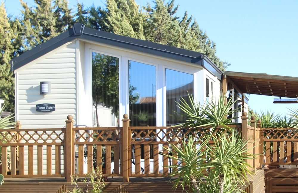 Resale mobile homes on Park La Posada can be viewed on a
